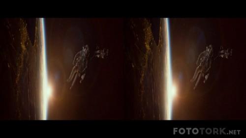 Yercekimi---Gravity-2013-3D-1080p-BluRay-Half-SBS-Dual-TR-EN-TORK.mkv_snapshot_00.24.43.jpg