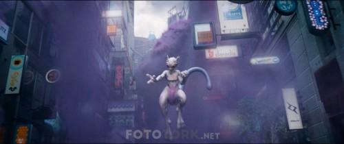 Pokemon.Detective.Pikachu.2019.1080p.BluRay.H264.DUAL.TR-ENG.TORK.mkv_snapshot_01.23.17.373.jpg