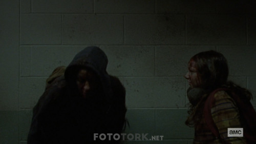 The-Walking-Dead-S10E02-1080p-WEB-DL-H264-TBS.mkv_snapshot_02.40.971.jpg