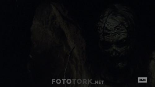 The-Walking-Dead-S10E02-720p-WEB-DL-H264-TBS.mkv_snapshot_16.49.986.jpg
