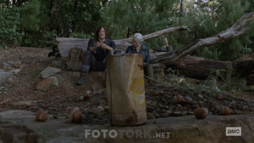 The-Walking-Dead-S10E06-720p-WEB-DL-H264-XLF.mkv_snapshot_12.59.296.jpg