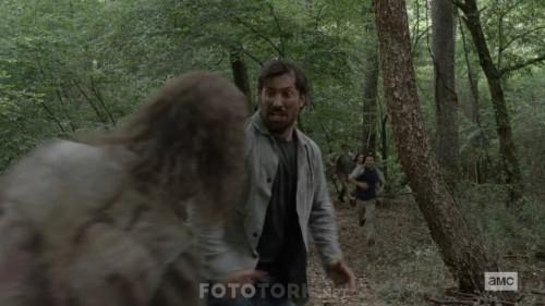 The-Walking-Dead-S10E08-1080p-WEB-DL-H264-XLF.mkv_snapshot_02.00.819.jpg