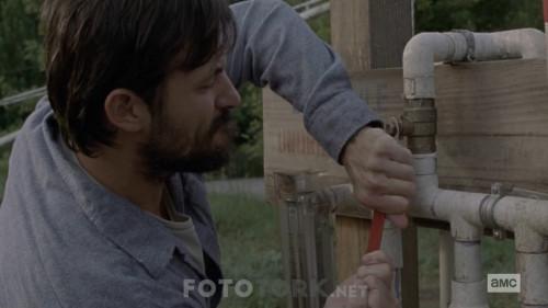 The-Walking-Dead-S10E08-720p-WEB-DL-H264-XLF.mkv_snapshot_03.08.188.jpg
