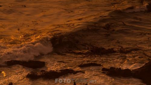 Night-On-Earth---Dunya-da-Gece-S01E02-Mehtapli-Duzlukler.mkv_snapshot_22.06.609.jpg