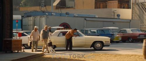 Bir.Zamanlar.Hollywoodta.OnceiUpon.a.Time.in.Hollywood.2019.BluRay.720p.x264.AC3.DUAL.TR-ENG.TORK.mkv_snapshot_00.33.55.494.jpg