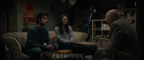 Official.Secrets.2019.BluRay.1080p.x264.AC3.DUAL.TR-ENG.TORK.mkv_snapshot_01.10.17.385.jpg