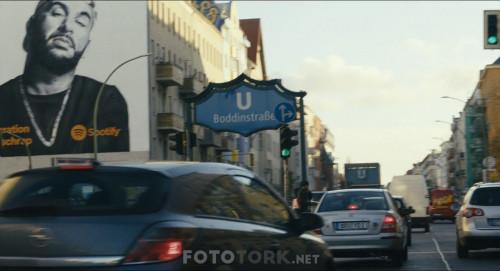 Seni.Seviyorum.Berlin.BerlinI.Love.You.2019.BluRay.1080p.AC3.DUAL.TR-ENG.TORK.mkv_snapshot_01.39.09.450.jpg