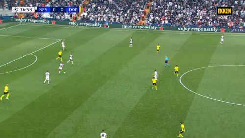 Sampiyonlar-Ligi-Besiktas-1-2-Borussia-Dortmund-15.09.21-Full-Mac-EXXEN-1080p-WEBRip-AAC-TR-TORK.mkv_snapshot_00.19.38.892.jpg