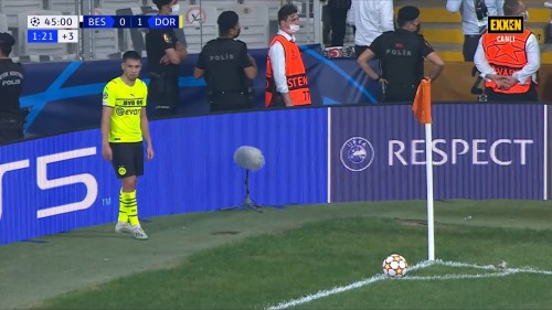 Sampiyonlar-Ligi-Besiktas-1-2-Borussia-Dortmund-15.09.21-Full-Mac-EXXEN-1080p-WEBRip-AAC-TR-TORK.mkv_snapshot_00.49.21.398.jpg
